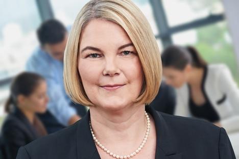 Dr. Julia Blind, Trainerin eMBIS Akademie